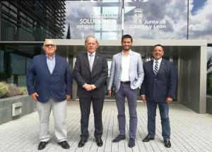 Los comercios del casco viejo de Santander asisten al Encuentro de conjuntos históricos en Castilla y León